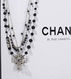 Chanel, collana multifili