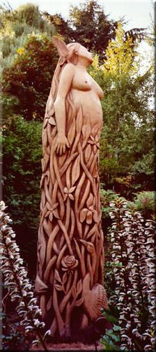 This guy was working on a sculpture in our neighborhood today. Pretty impressive. Looks like it will be NW theme w/ salmon. Stanley Rill Woodcarver: Carved Trees & Stumps