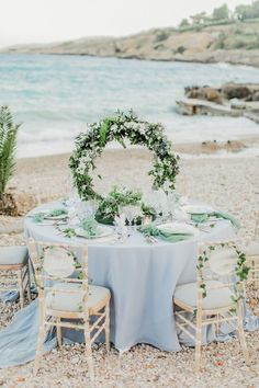 Dusty Blue Wedding Table Decor We are in floral hoop HEAVEN over here as we gaze at these fun wedding decor and flower ideas. This wedding trend is here to stay, and the wedding centerpiece pictured here is the proof in the pudding! Picture Wedding Centerpieces, Wedding Flower Arrangements, Flower Centerpieces, Wedding Decorations, Table Decorations, Centerpiece Ideas, Wedding Ideas, Centrepieces, Wedding Planning