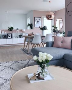 Pink design & Pink living room & Interior design & Pink and white Apartment Living, Home Living Room, Living Room Grey, Living Area, Comfortable Living Rooms, Elegant Living Room, Modern Living, Small Living, Interior Design Living Room