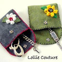 Jewelry Pouch Felt Pouch Jewelry felt pouch by lolliecouture, $11.00 Want to make it in someday. Porta chaves (pode ser usado aplicação de feltro ou fita)