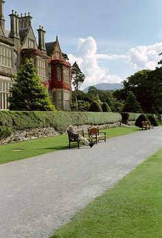 Muckross House, Killarney National Park, Killarney, Ireland- such a pretty house and gardens like something out of downton abby!♡♥♡