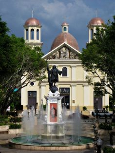 Plaza de Colon - Mayaguez
