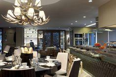 QG do Chef - Casa Cor 2014 : Salas de estar Moderno por Sandro Jasnievez Arquitetura