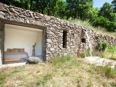 Architecture Durable, Architecture Renovation, Sustainable Architecture, Architecture Design, Architecture Panel, Earth Sheltered Homes, Stone Facade, Underground Homes, Earth Homes
