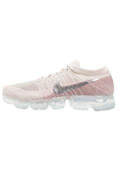 AIR VAPORMAX FLYKNIT - Chaussures de running neutres - string chrome sunset  glow taupe grey white   ZALANDO.FR 🛒 6b8bc0ec0d08