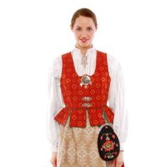 This site has traditional Norwegian clothing: www.norskflid.no/bunad/bunader/troendelag/#