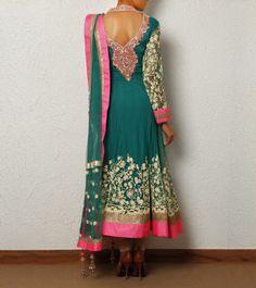 Stunning design and simple anarkali chudi for women