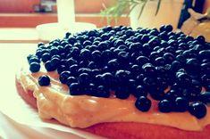 Blueberry & Vanilla cream pie - The Orange Tree Diary Vanilla Cream, Cream Pie, Blueberry, Orange, Fruit, Food, Berry, The Fruit, Cream Pies