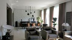 Salon - Suspensions Aims Bouroullec / Flos - Lampe Pipistrello - Taccia Flos - Piece A Vivre, Decoration, Conference Room, Living Room, Interior Design, Table, Furniture, Home Decor, Lounges