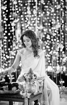 The Engagement Saree Etched With Samantha and Chaitanya's Love Story With Exclusive – Never Seen Before Pics! Samantha Images, Samantha Ruth, Samantha In Saree, Engagement Saree, Samantha Wedding, Sr1, Bridal Photography, Photography Ideas, Portrait Photography