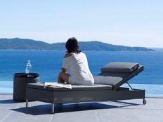 REST łóżko do opalania. Nowoczesne łóżko do opalania z  bardzo mocnej tkaniny Cane-line TEX®, używanej przy budowie nowoczesnych jachtów i katamaranów.