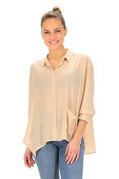 MANILA GRACE - Camicie - Abbigliamento - Camicia in viscosa con manica a tre quarti, taglio asimmetrico nella lunghezza. Taschino applicato.La nostra modella indossa la taglia /EU 40. - MD174 - € 188.00