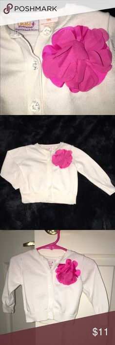 🌺Baby girls cardigan sweater Truly Scrumptious by Heidi Klum. Sweet white cardigan with clear gem button and bright magenta flower. Size 9 months. 100% cotton. truly scrumptious Shirts & Tops Sweaters