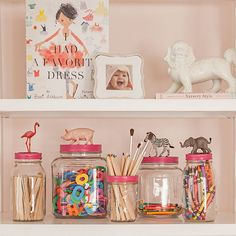 Mason jars are inexpensive, durable and trending. If you ask me they never really go out of style, but, instead, add a shabby-chicquality. When used for organization, thing are easily displayed…