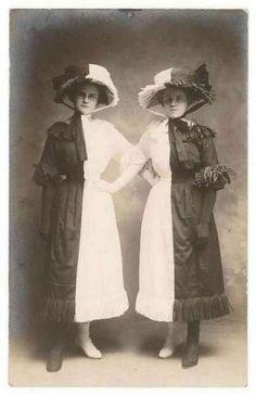 vintageshopgirl:    Strange Vintage Pic of the Day.  Half and half.