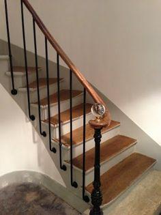 Escalier bois et noir d gagements pinterest peinture - Comment decorer une cage d escalier ...