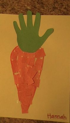 From our garden unit - carrot handprint preschool art (munchkin junction prescho. From our garden Preschool Garden, Preschool Themes, Preschool Activities, Preschool Easter Crafts, Preschool Learning, Preschool Teachers, Preschool Kindergarten, Daycare Crafts, Classroom Crafts