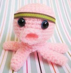 Crochet Spot » Blog Archive » Crochet Pattern: Amigurumi Baby Squid - Crochet Patterns, Tutorials and News