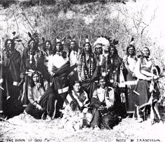 Sioux Indians with Buffalo Bill Show, Red Indian, Native Indian, Sioux Nation, Native American Regalia, Aboriginal People, People Photography, First Nations, North America, Kawasaki 500