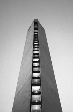 Pirelli Tower   1956-1960   Milan, Italy   Gio Ponti and Pier Luigi Nervi   photo by Massimiliano Degli Antoni