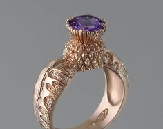 One of the most popular designs on the marketplace today is the three stone anniversary ring. This ring usually consists of three diamonds of equal size, and they are implied to represent the couple's past, present, and future. Ring Ring, Silver Jewelry, Silver Rings, Modern Jewelry, Antique Jewelry, Yellow Gold Rings, Rose Gold, Schmuck Design, 14k Gold Ring