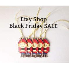 It happens once a year! 20% off every purchase of 25$ and more! Just enter Coupon code BLACKFR2015 during check out. Limited offer, valid thru 7th November