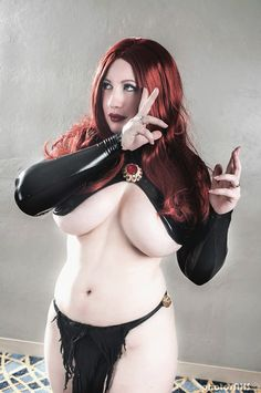 BelleChere as Madelyne Pryor the Goblin Queen #cosplay