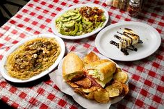 Dining Guide: Italian - Entertainment / Neon - ReviewJournal.com    Several popular dishes are displayed at Rocco's N.Y. Italian Deli, which offers homemade cheesecake in addition to other favorites.    Photo by Jeferson Applegate/Las Vegas Review-Journal
