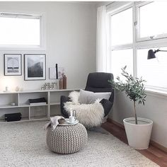 """198 Likes, 8 Comments - Minimalist Home (@minimalistroomdecor) on Instagram: """"Nice reading corner from @berit.home"""""""
