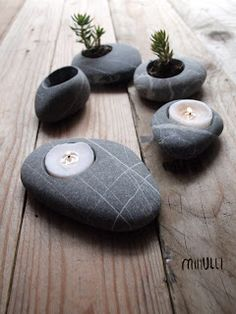 mihulli: what makes me happy these days. Beach Crafts, Diy And Crafts, River Rock Crafts, Rock Sculpture, Stone Crafts, Candle Lanterns, Stone Carving, Dremel, Light Art