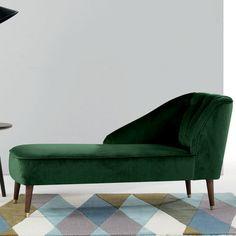 """Une méridienne en velours vert sapin """"Margot"""", Made.com"""
