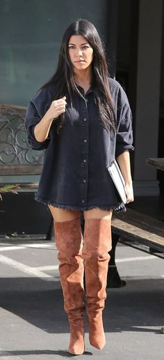 The user generated fashion dictionary of what celebrities wore and where to get it. Kardashian Style, Kourtney Kardashian, Kardashian Fashion, Yeezy Outfit, Fashion Dictionary, Street Style Looks, Fall Winter Outfits, Boutique Clothing, Celebs