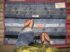 jean waistband floormat tutorial - Helloooo @Lisa Dossary!  Perfect for what's left of the jeans after your make your quilts!  :)