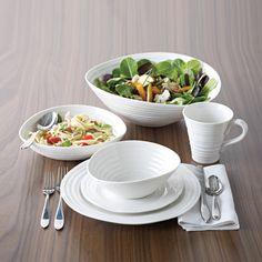 Sophie Conran for Portmeirion white dishes #vancouverislandgiftregistry @TheHudsonsBayCo