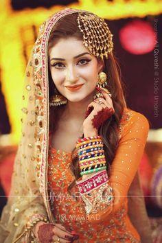 Mehendi gota jewellery , gold jhumkis, large gota jhoomer, muslim bride , gota bangles , orange lipstick , dupatta with mirror work
