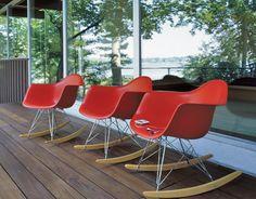 eames® molded plastic armchair - rocker