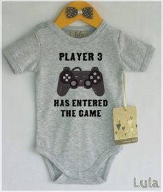 Cute way to announce a pregnancy.