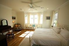 1920 Craftsman Rehab in Houston Heights Historic District - traditional - Bedroom - ebv3377