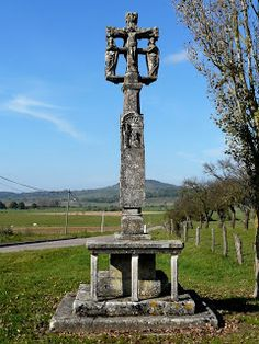 Croix de carrefour à Frenelle-la-Grande (Vosges)