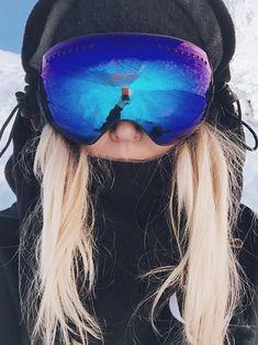 Feels like a summer in Finland🦋 Snowboarding Style, Ski And Snowboard, Ski Fashion, Arab Fashion, Sporty Fashion, Sporty Chic, Sporty Outfits, Winter Fashion, Ski Season