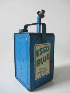 Vintage Esso Blue oil can Valor paraffin shop display motor classic car petrol
