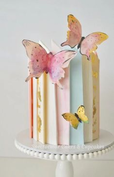 Great for a birthday, bridal shower, or wedding Beautiful butterfly cake! Great for a birthday, bridal shower, or wedding Butterfly Birthday Cakes, Beautiful Birthday Cakes, Birthday Cakes For Women, Butterfly Cakes, Cake Birthday, Crazy Birthday Cakes, Happy Birthday, Beautiful Cake Designs, Beautiful Cakes