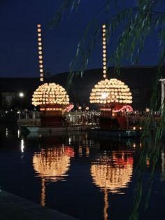 Festival boats with lanterns, Handa, Aichi, Japan ©pochi はんだ山車祭り