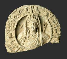 Roundel with Bust of Atargatis-Tyche and Zodiac, Petra, Jordan, ca. 50–150 CE. Micaceous Quartz Limestone. H. 29.5 cm; W. 35.6 cm; D. 13.3 cm. Cincinnati Art Museum, Museum Purchase: 1939.233. Photograph: Cincinnati Art Museum, Ohio, USA/Bridgeman Images