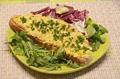 Kvasnicová pomazánka Salmon Burgers, Tacos, Food And Drink, Ethnic Recipes, Salmon Patties