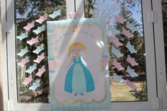 """Pin the Crown on the Princess"""" game"""
