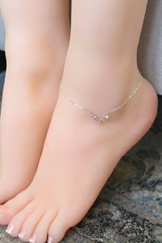 See our Anklets - Female made from a great assortment at Jewelry. Stylish Jewelry, Cute Jewelry, Luxury Jewelry, Fashion Jewelry, Cheap Jewelry, Bijoux Design, Schmuck Design, Jewelry Design, Silver Anklets Designs