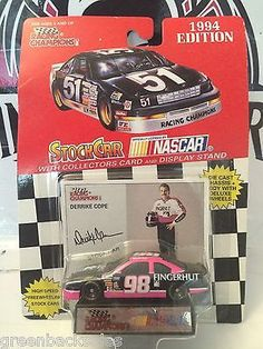 (TAS030478) - 1994 Racing Champions Die-Cast Stockcar - Derrike Cope #98