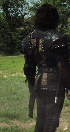 """Richard Armitage as Sir Guy of Gisborne, in Robin Hood I love this *Casually notices dead body on the ground* """"Oh hi"""" Richard Armitage, Most Beautiful Man, Gorgeous Men, Guy Of Gisborne, Robin Hood Bbc, Bbc Tv Series, Series 3, Fall From Grace, Stud Muffin"""